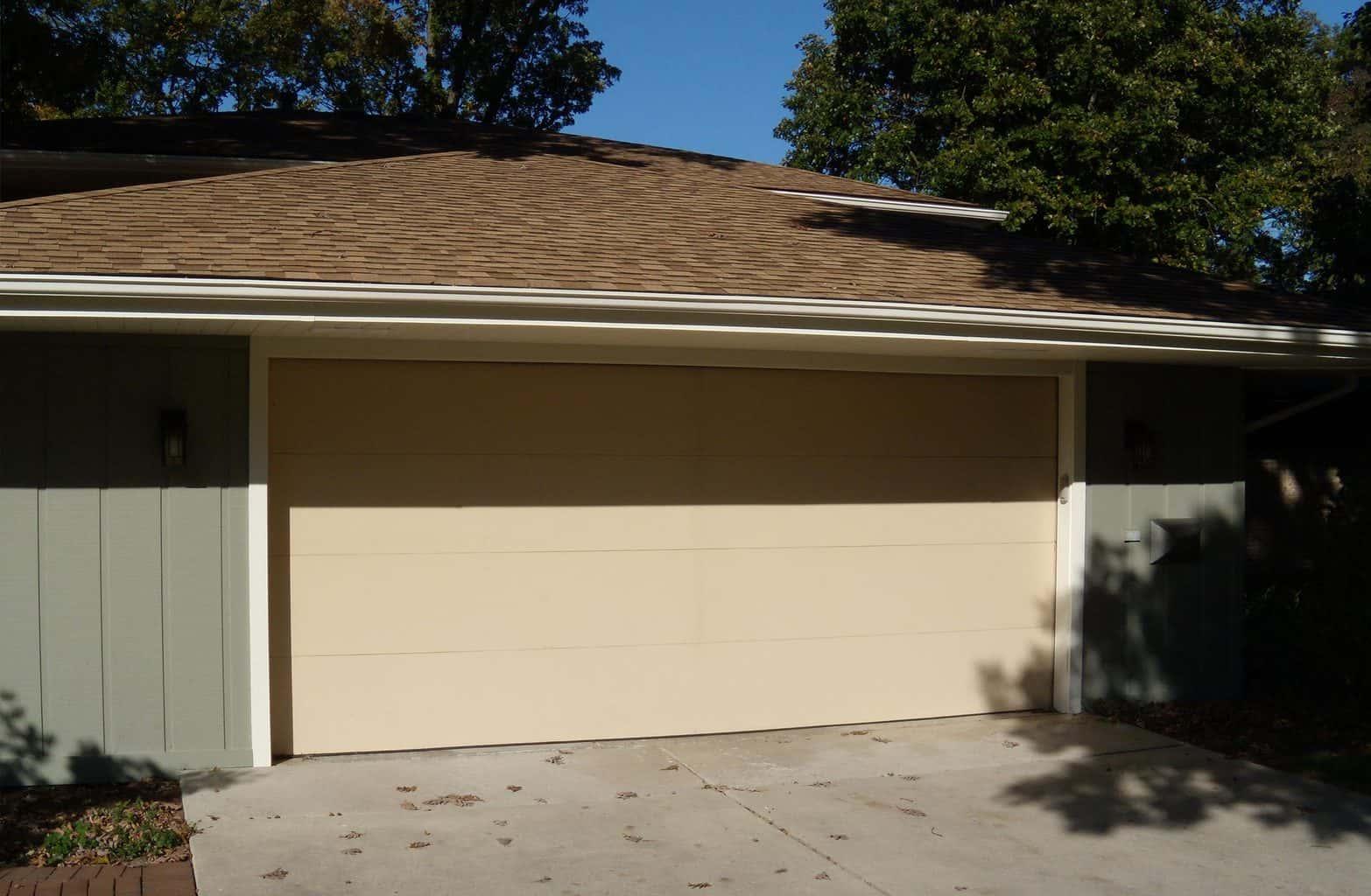 flush style garage door